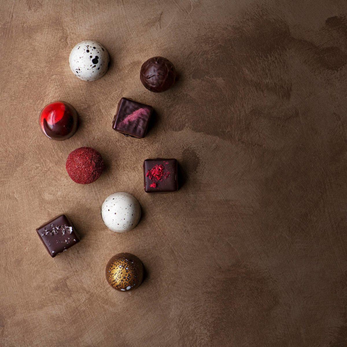 Chjokon suklaat ovat käsityötä.