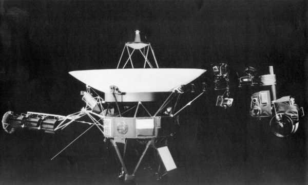 Voyager 2 -luotain.