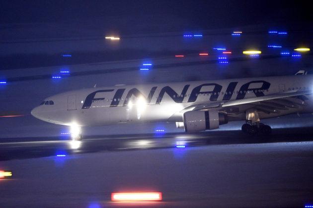 Finnairin lentokone Helsinki-Vantaan lentokentällä 8. tammikuuta 2019.
