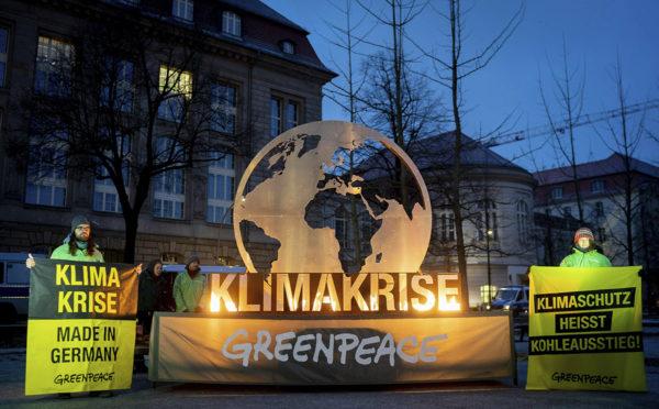 Ympäristöjärjestö Greenpeacen mielenosoittajia Berliinissä 25. tammikuuta 2019.