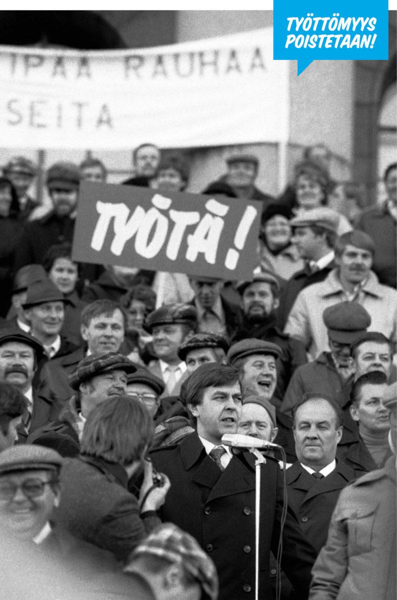 Ministeri Urpo Leppänen kertoi marraskuussa 1983 eduskuntatalon portailla mieltään osoittaneille työttömille, miksei työttömyys kadonnutkaan puolessa vuodessa.