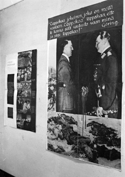 Valokuvanäyttely Hitlerin uusi järjestys Euroopassa (1944) oli Suomi–Neuvostoliitto-seuran tuotantoa.