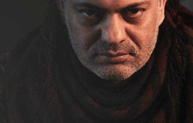 Kirjailija-elokuvaohjaaja Hassan Blasim on julkaissut ensimmäisen romaaninsa.