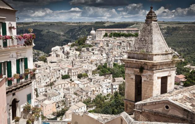 Lähde ihanalle lukijamatkalle Sisiliaan!