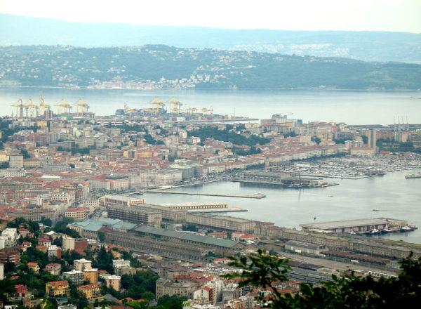 Kiinalaisrahasta toivotaan apua köyhän myös Triesten kaupungin kehittämiseen.