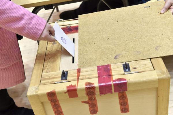Äänestystä eduskuntavaaleissa 2019.