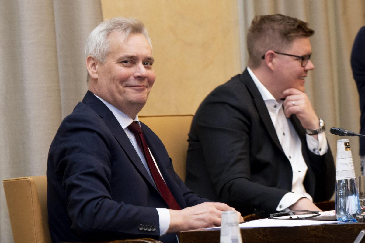 Antti Rinne tiedotustilaisuudessa eduskunnassa 26. huhtikuuta 2019.