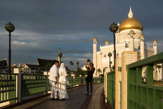 Brunei on vaurastunut öljyllä.