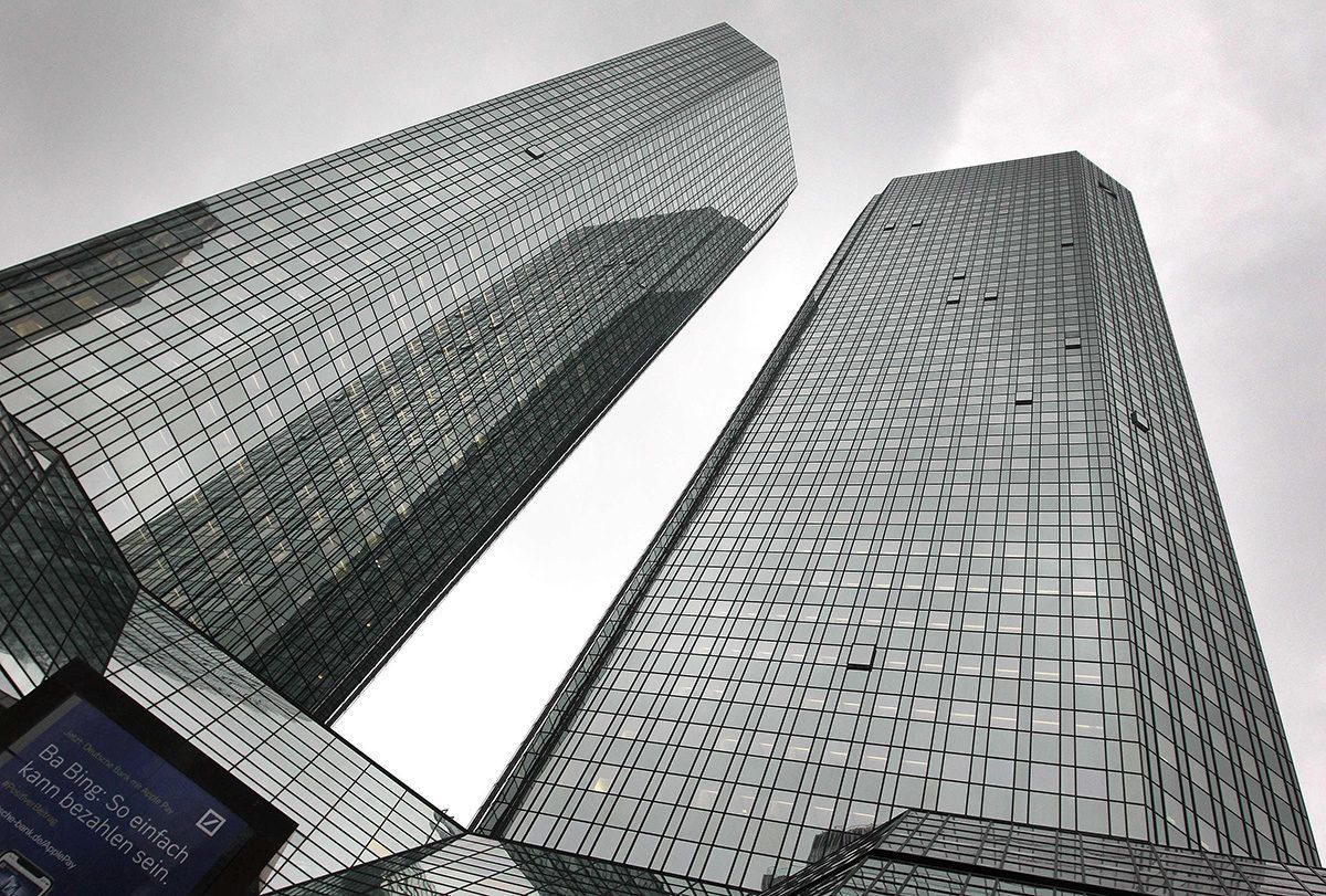 Deutsche Bankin pääkonttori Frankfurt am Mainissa Saksassa.