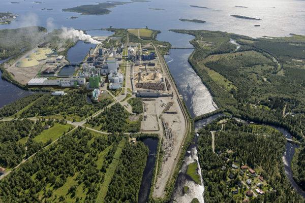 Havainnekuva Metsä Groupin suunnitellusta Kemin-tehtaasta.