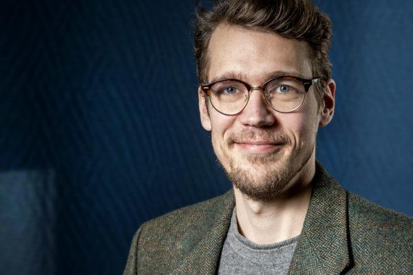 Suomen Kuvalehden infografiikkatoimittaja Hannu Kyyriäinen.