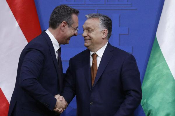 Itävallan Heinz-Christian Strache ja Unkarin Viktor Orbán Budapestissä 6. toukokuuta 2019.