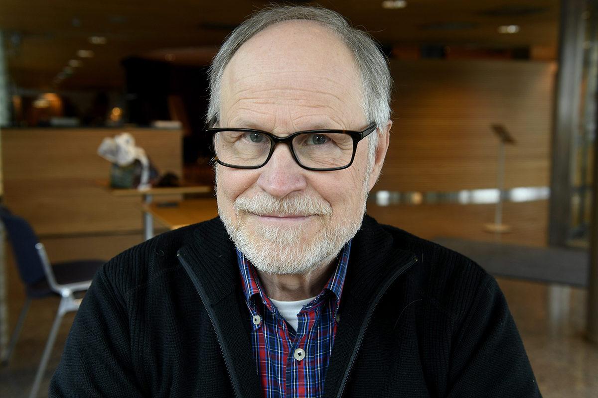Eduskunnan entinen talouspäällikkö Pertti J. Rosila.