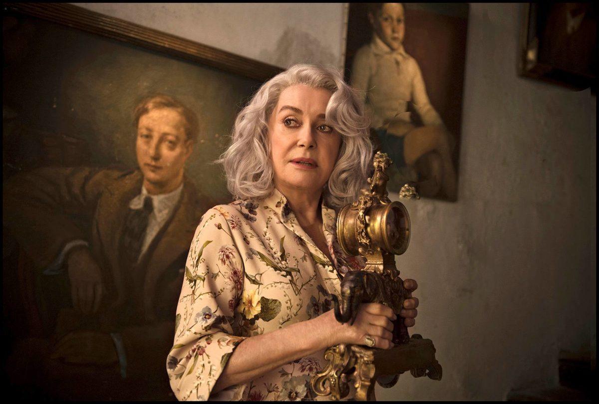 Catherine Deneuve on viimeisiä ikonisia elokuvanäyttelijöitä.