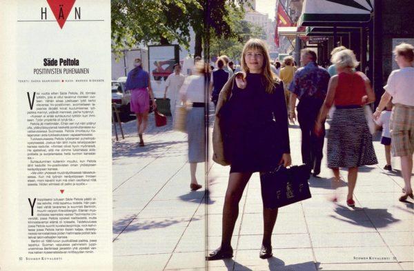 """SK 30/1994 (29.7. 1994) Saska Saarikoski: """"Hän: Säde Peltola, positiivisten puhenainen"""" Kuva: Markku Niskanen"""
