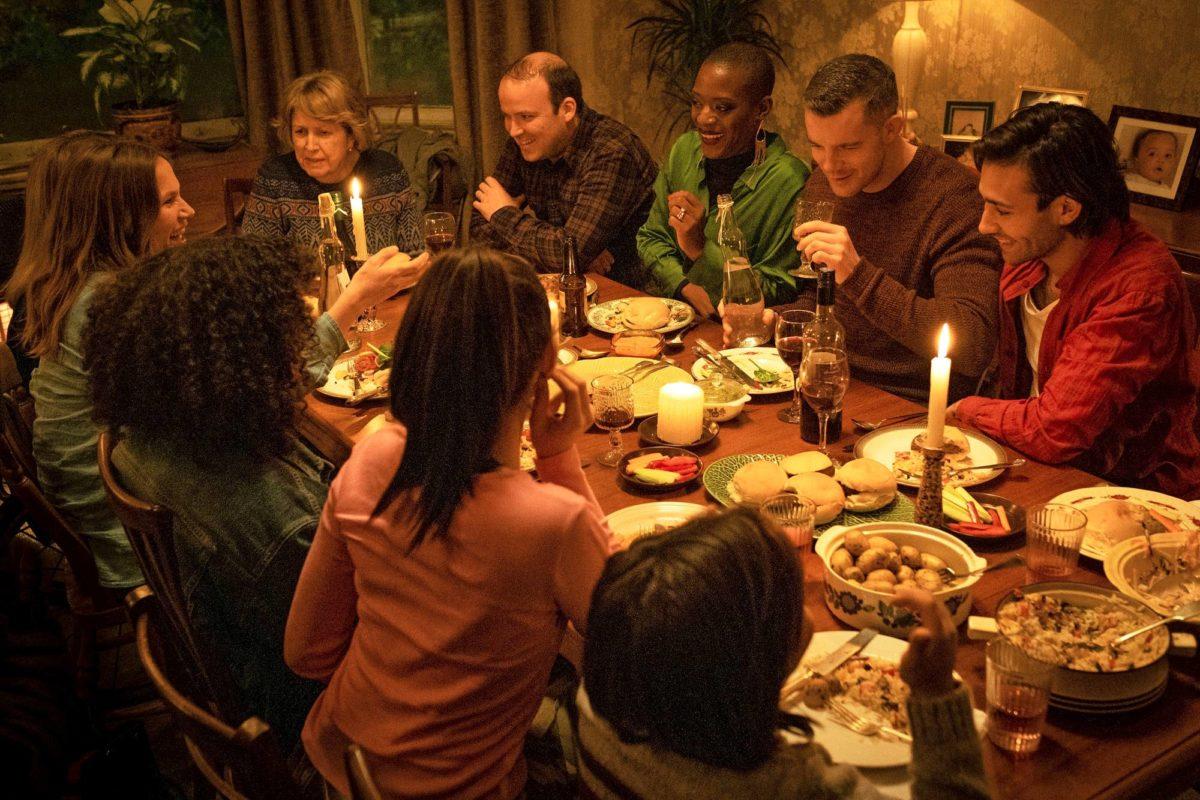 Lyonsin perheessä juhlat jatkuvat kaikesta huolimatta.
