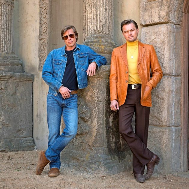 Brad Pitt (vas.) ja Leonardo DiCaprio eilisen sankareina.