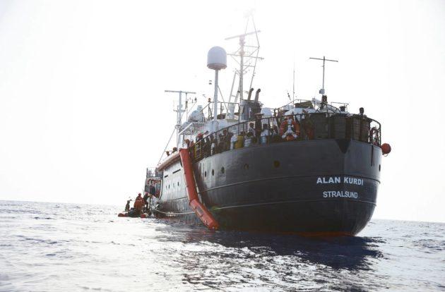 Saksalaisen Sea-Eye-järjestön pelastusalus Alan Kurdi Välimerellä 7. heinäkuuta.