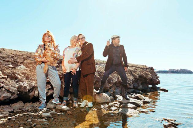 Okko Leon Onnellisten saari on Robin Svanströmin ohjaama.