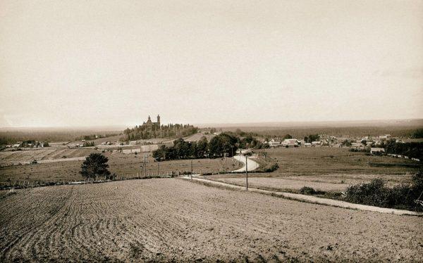 Kivennavan kunnassa Karjalankannaksella oli lähes kymmenentuhatta asukasta kesällä 1939, viimeisenä rauhan suvena.