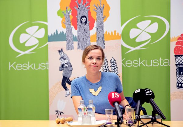 Keskustan puheenjohtaja Katri Kulmuni sanoo, ettei aio tarttua valtiovarainministerin salkkuun.