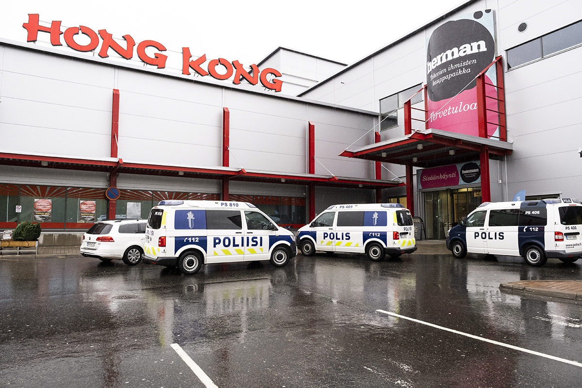 Kauppakeskus Hermanni tiistaina 1. lokakuuta 2019 Savon ammattiopiston tiloissa tapahtuneen kouluhyökkäyksen jälkeen.