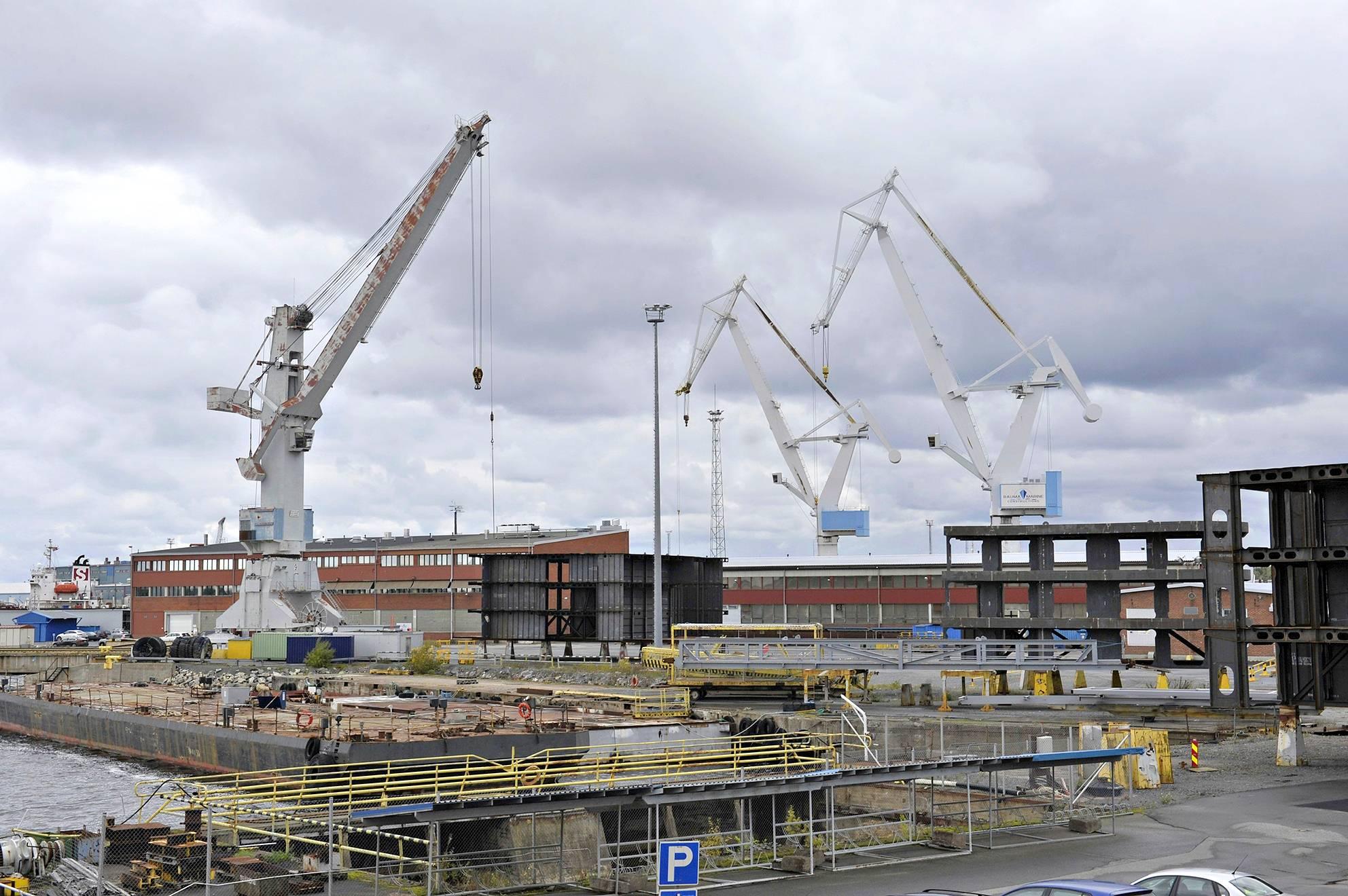 Rauman telakka-alueella työskentelee nyt noin 120 työntekijää. Työvoiman tarve kasvaa viimeistään vuonna 2022.