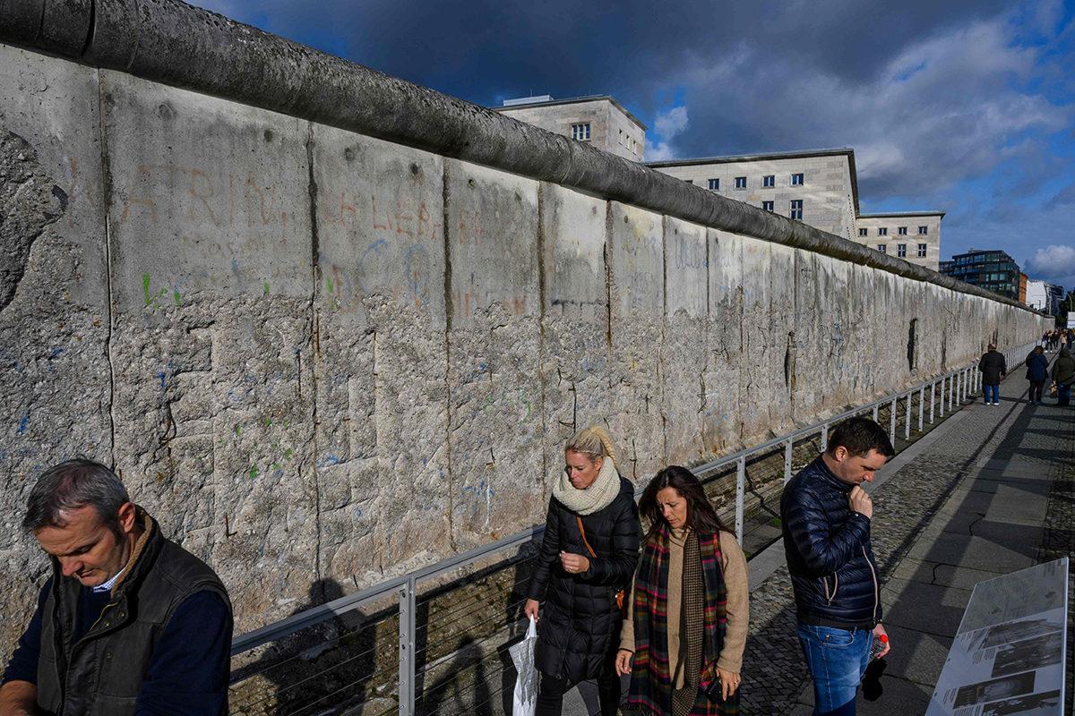 Muuria Berliinin Kreuzbergissa 5. lokakuuta 2019.