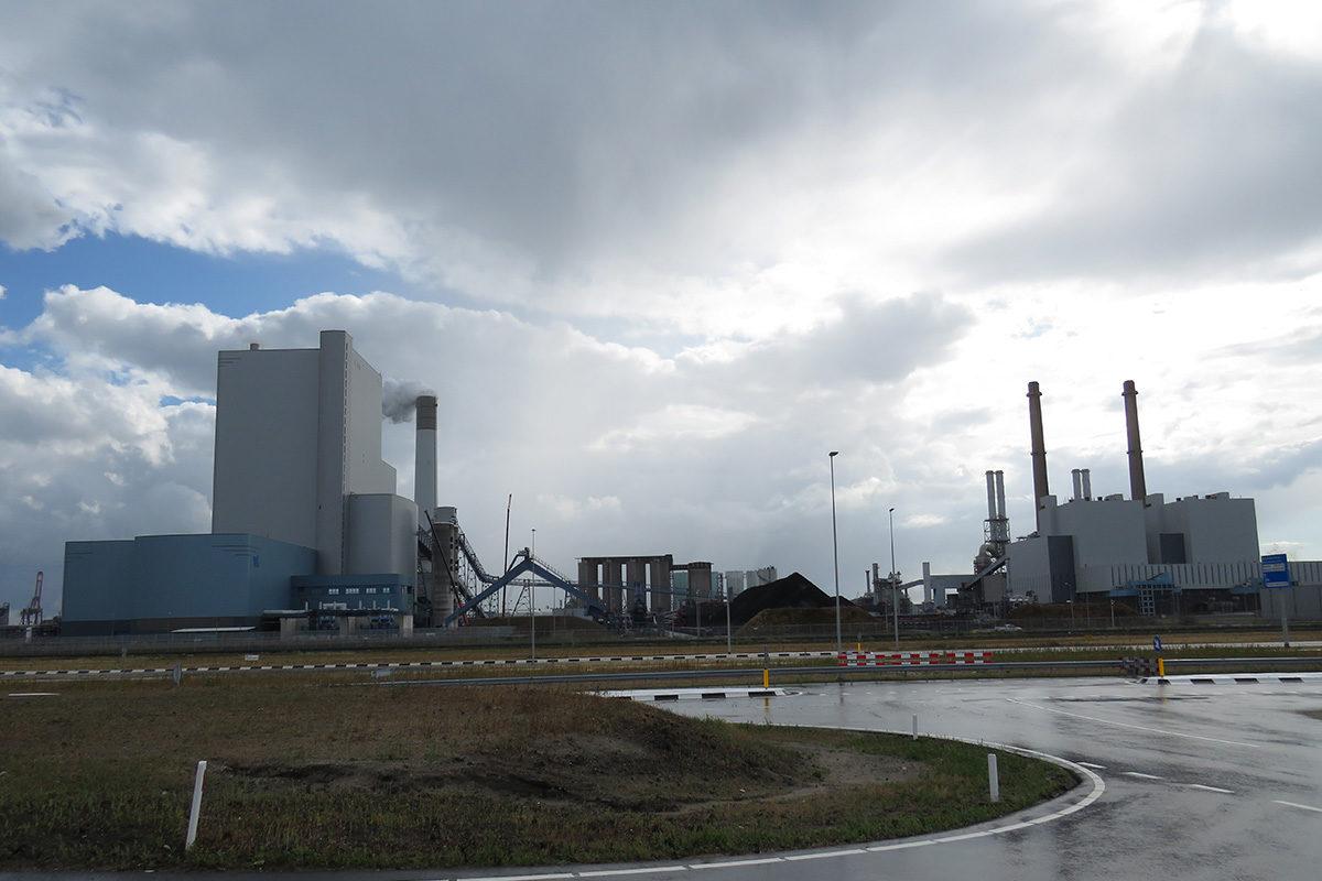 Uniperin Maasvlakten kivihiilivoimala Rotterdamissa 10. elokuuta 2018.