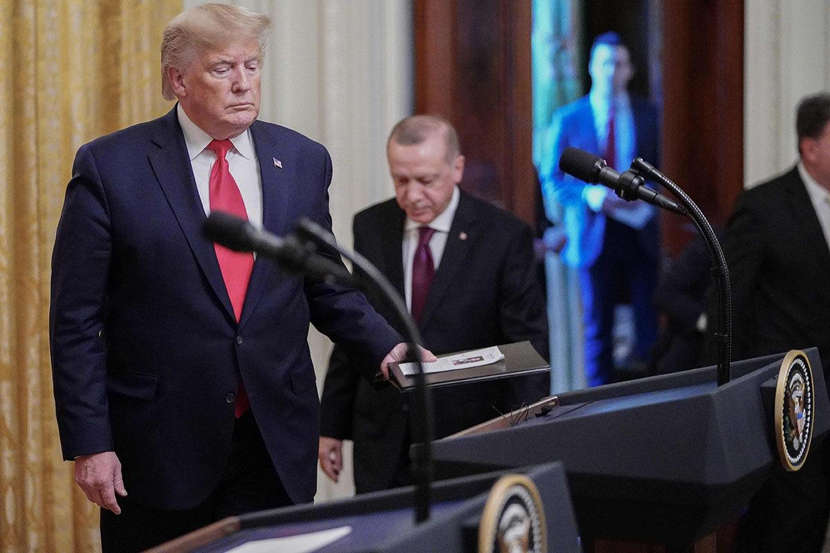 Kahden Nato-maan kiistellyt johtajat tapasivat: Yhdyvaltain presidentti Donald Trump isännöi Turkin presidentin Recep Tayyip Erdoğanin vierailua Valkoisessa talossa 13. marraskuuta 2019.