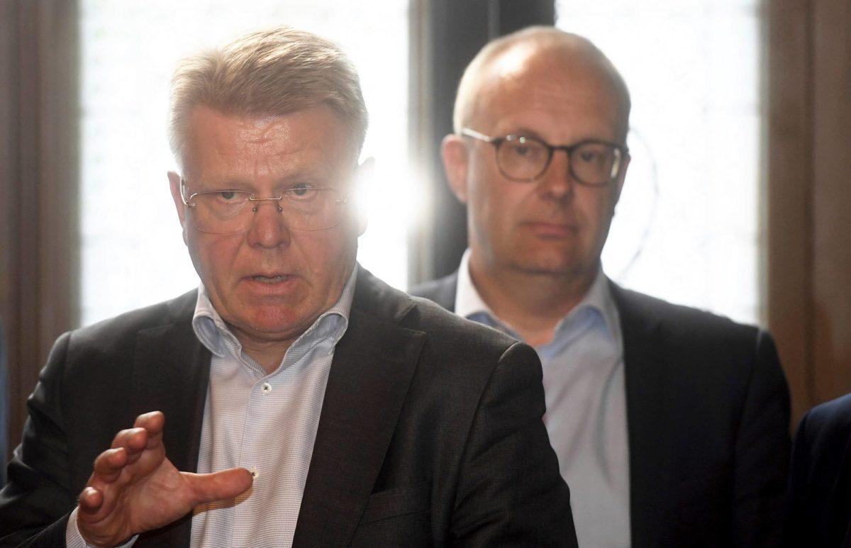 EK:n toimitusjohtaja Jyri Häkämies (vas.) ja SAK:n puheenjohtaja Jarkko Eloranta.