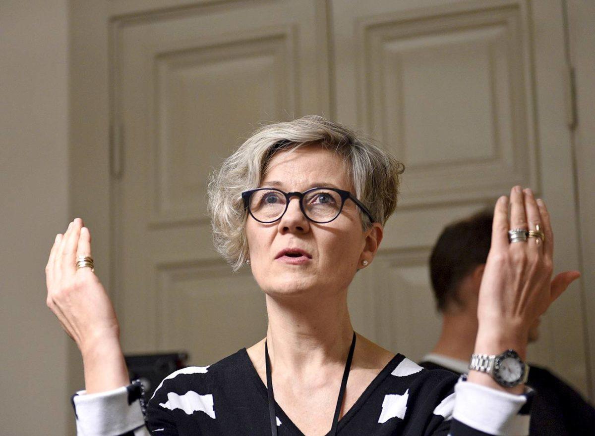 Valtakunnansovittelija Vuokko Piekkala on entinen kirkon työmarkkinalaitoksen työmarkkinajohtaja.