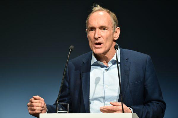 Tim Berners-Lee puhui Berliinissä 25. marraskuuta.