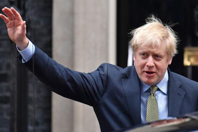 Britannian pääministeri ja parlamenttivaalit voittaneen konservatiivipuolueen johtaja Boris Johnson matkasi 13. joulukuuta Downing Streetiltä Buckinghamin palatsiin tapaamaan kuningatar Elisabetiä.