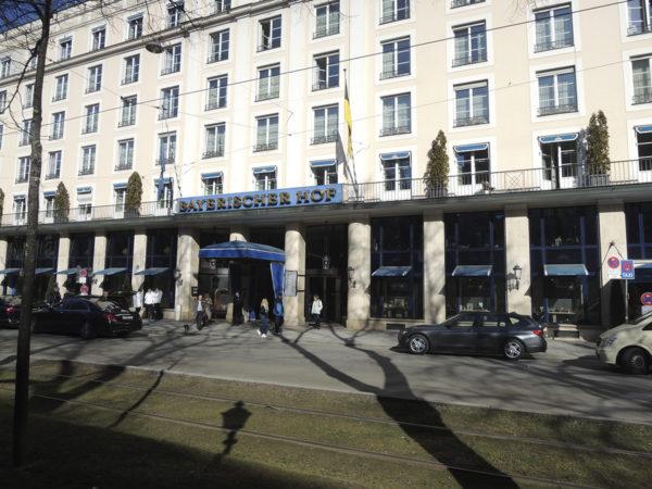 Bayerischer Hof -hotelli, Munchenissä, Saksassa.