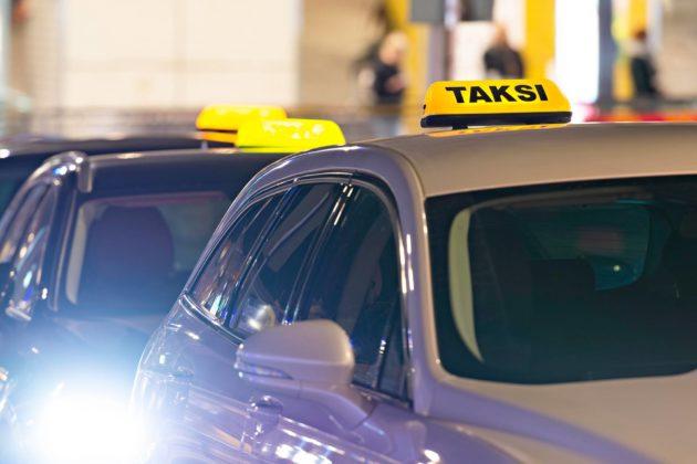 Kilpailutukset ja taksilain muutokset ovat myllertäneet alaa viime vuosina.