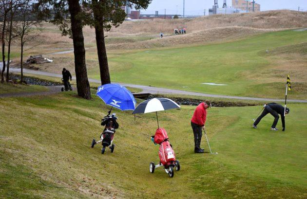 Suomessa Golfliiton jäsenseuroihin kuuluu yli 140000 pelaajaa.