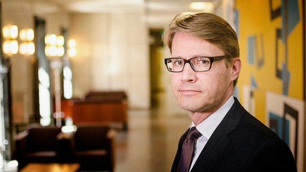Pääjohtaja Antti Riivari on johtanut Patentti- ja rekisterihallitusta vuodesta 2017. Hän tuli tehtävään työ- ja elinkeinoministeriöstä.