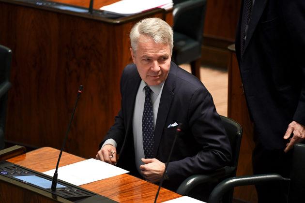 Ulkoministeri Pekka Haavisto (vihr) eduskunnan täysistunnossa Helsingissä 19. helmikuuta 2020.