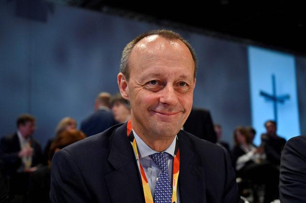 Friedrich Merz on suosituin ehdokas CDU:n uudeksi puheenjohtajaksi ja liittokansleriksi.