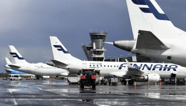 Lentokoneita Helsinki-Vantaan lentokentällä Vantaalla 14. elokuuta 2019.