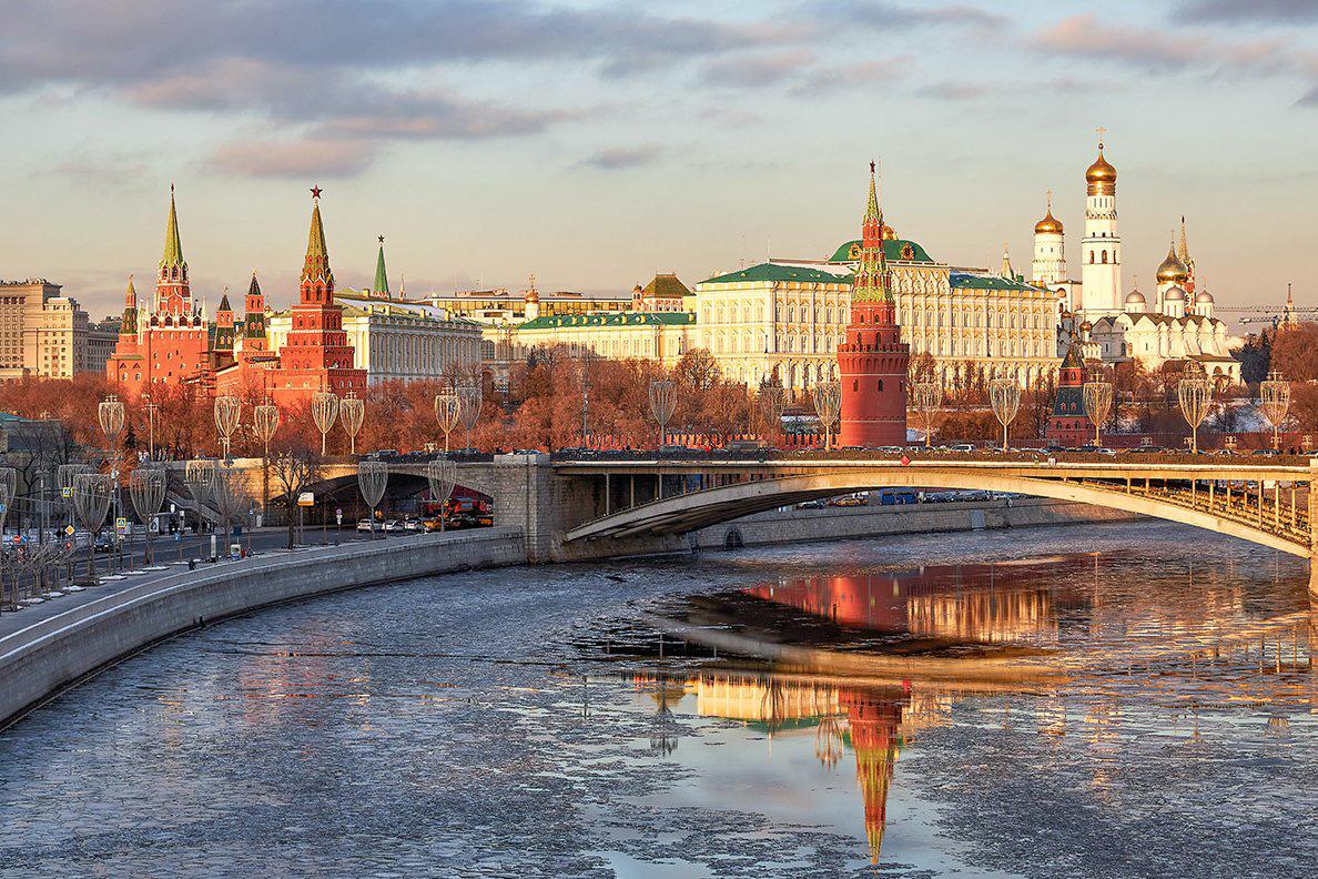 Hallintorakennuksia Moskovassa. Kuvituskuva.
