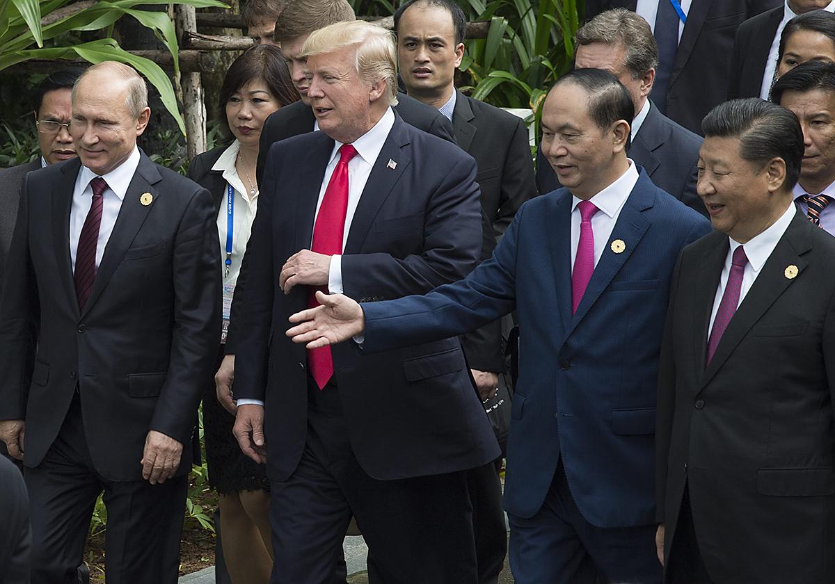 Venäjän, Yhdysvaltain ja Kiinan presidentit tapasivat APEC-huippukokouksessa Vietnamissa marraskuussa 2017.