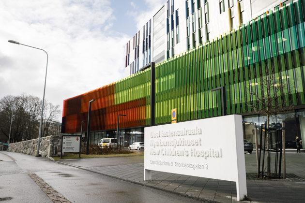 Uusi Lastensairaala HUS:n Meilahden sairaala-alueella Helsingissä. Kuvituskuva.