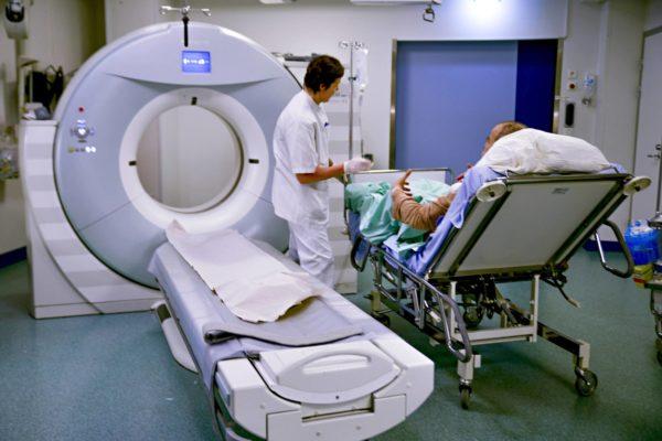 Röntgenhoitajia mietityttää ohjeiden sekavuus.