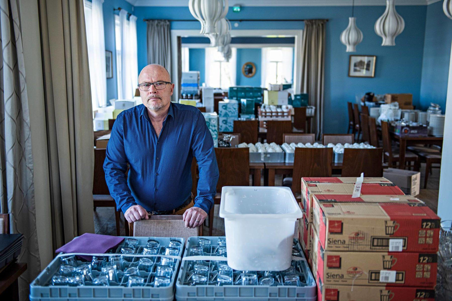 Henrik Ulfstedt pani Aurajoen rannalla sijaitsevan ravintolansa ovet kiinni vuoden tärkeimpään aikaan.