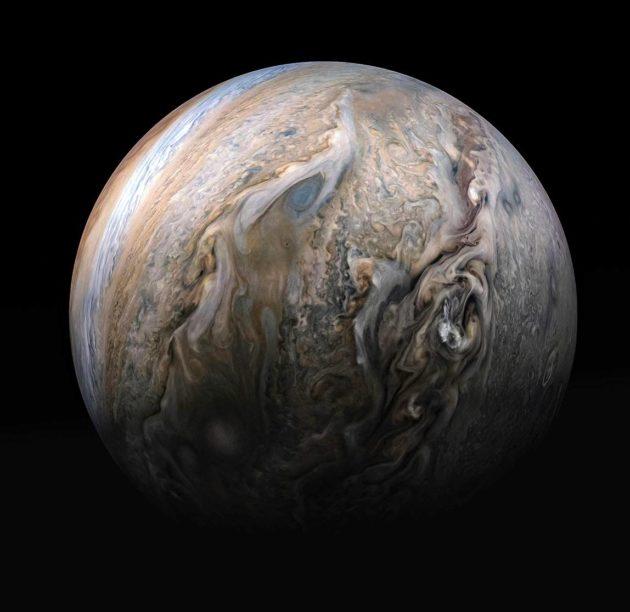 Näkymä Jupiterin myrskyisästä pohjoisesta pallonpuoliskosta.