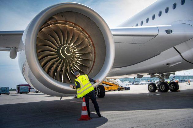 IATA:n tuoreessa kyselyssä yli 80 prosenttia ihmisistä suhtautuu lentämiseen hyvin tai melko varauksellisesti.