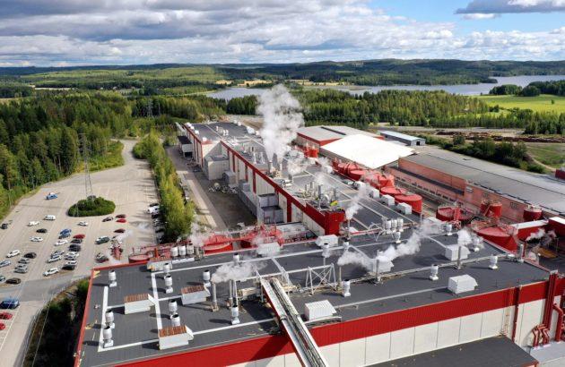 Metsäyhtiö UPM:n Kaipolan paperitehdas Jämsässä 27. elokuuta 2020.