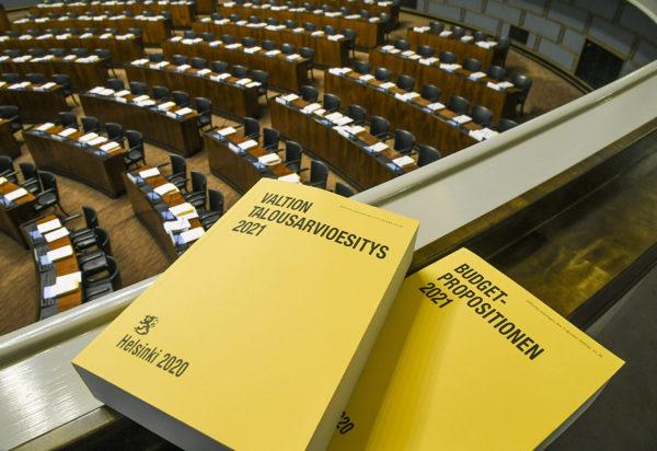 Vuoden 2021 budjettikirja. Kuvituskuva.